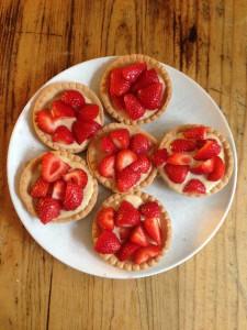 huisgemaakte aardbeien taartjes