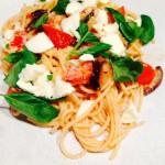 Spaghetti mozzarella & basilicum