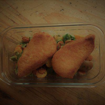 Crispy chicken & petits légumes persillés